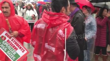 Teachers block off road as LA strike enters 3rd day