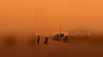 Incredible Cairo sandstorm dyes entire sky orange