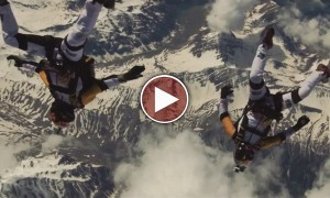 The Most Breathtaking Acrobatic Skydiving Video I've Ever Seen