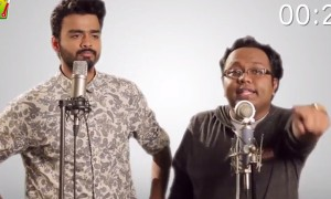 Watch How Flawlessly These 2 Guys Made 25 Voice Impression Of Famous Bollywood Singers