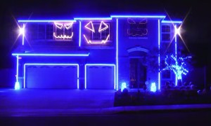 This Spectacular Halloween Light Show Will Blow Your Mind!