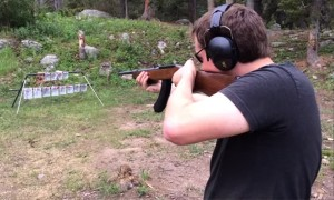 Here Is A Video Of Guy Playing The American National Anthem With A GUN!!
