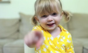 2 Year Old Kid Sends The CUTEST Birthday Message EVER To Her MOM!!