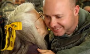What This Lady Does To Soldiers Will Leave You In Tears