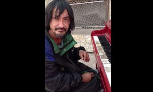 You Will Be Blown Away After Watching This Homeless Guy Play The BEST Piano Piece EVER!