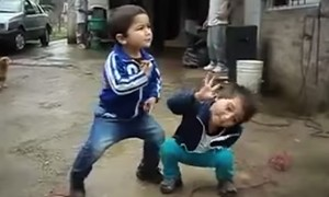 Kids Dance To Taylor Swift's Shake It Off And Its The Best Thing You Will See Today