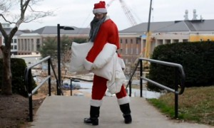 Watch Santa Pick Fights With Random Strangers