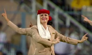 Watch Emirates airhostesses doing \'Bhangra\' for audiences at World T20 final