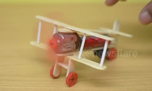 How to make a toy aeroplane out of household items