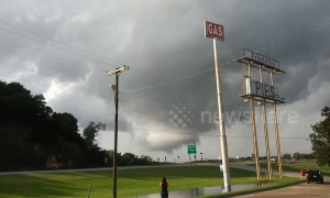 Tornado warning issued for southern Oklahoma counties