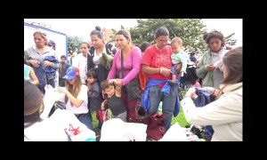 Venezuelan migrants receive donations from Bogota community