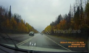 'Drunk' driver rams other car off road in Russia