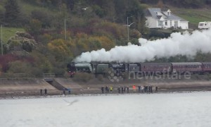 The Flying Scotsman steam engine runs again through Devon