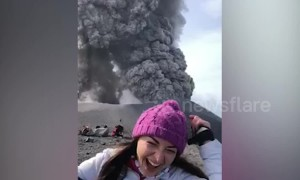 Tourists witness moment volcano erupts in Russian island