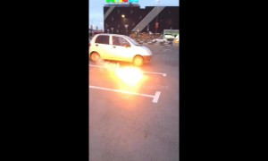Reckless Russian prank wars: Girl sets fire to boyfriend so he blows up her bag
