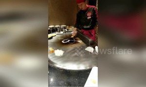 You will love this Chinese chef's amazing tricks with an egg