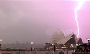 Wild storm over Sydney Opera House postpones Invictus Games 2018 opening ceremony