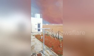 Footage shows wild dust storm in Cyprus