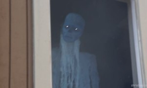 Horrifying Halloween illusion lets ghost follow your every move