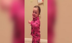 Adorable Girl Teaches Mom how to Boogie