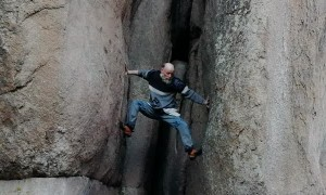 70-Year-Old Man Climbs Crevasse Without Ropes