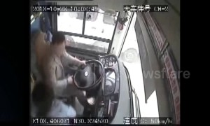 Footage from inside Chongqing bus shows plunge into river