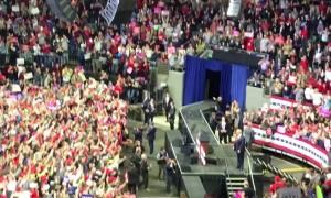 Crowds cheer as Trump makes entrance at Fort Wayne, Indiana rally