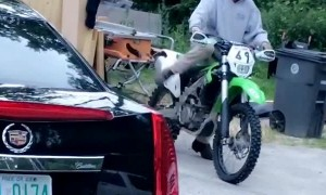 Dog Hops Onto Motorcycle for Ride