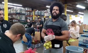 WWE stars volunteer to feed kids in run-up to Thanksgiving