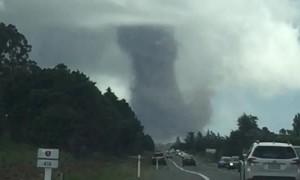 Couple Captures Huge Tornado in New Zealand