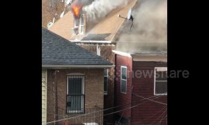 Huge fire tears through multiple homes in New York City