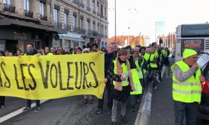 """Yellow vest"" protesters take to streets of Lyon, France"