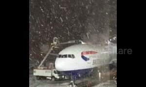 Winter Storm Bruce forces delays and cancellations at Chicago airport