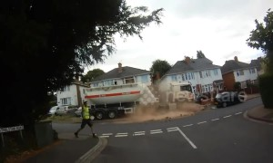 Crash bang wallop! Runaway lorry ploughs through street in Worcester