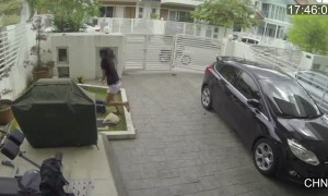 Woman fights off thief who attempted to steal her bag