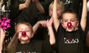 Hilarious Kids Caroling