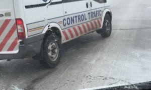 Traffic Control Car Has Hard Time on Ice