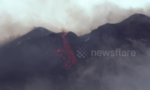 Stunning footage shows new volcanic eruption from Mount Etna's crater