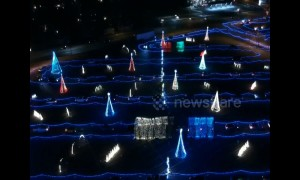 Drone footage shows beautiful Christmas lights show at Colorado waterpark