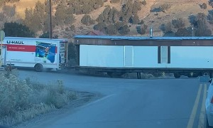 Uhaul Attempts to Pull House Trailer, Fails