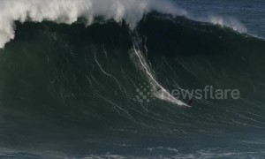 """Biggest wave ever surfed by a Russian"" recorded in Nazaré beach"