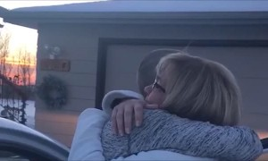 Girl surprises mom after coming home for first Christmas in four years