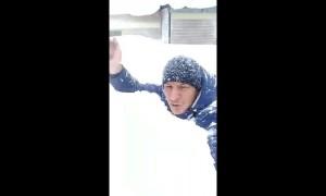 Gargantuan snowdrifts choke Russia's Far East