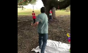 Christmas pinata, a golf club and a man with no grip. What could go wrong??