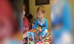 This Baby's Reaction to a Jack-in-the-Box will Melt your Heart