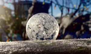 Watch this bubble incredibly freeze in real time