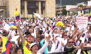 Thousands march in Colombia after deadly car bombing