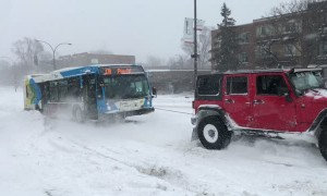 Team of Trucks Saves a Bus