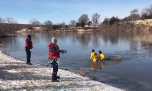 Firefighters rescue deer that fell through Lake Olathe ice