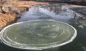 Interesting Floating Ice Disc Formation